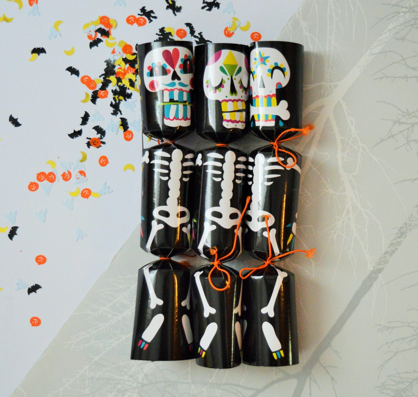 must have Halloween items for 2018 skull crackers