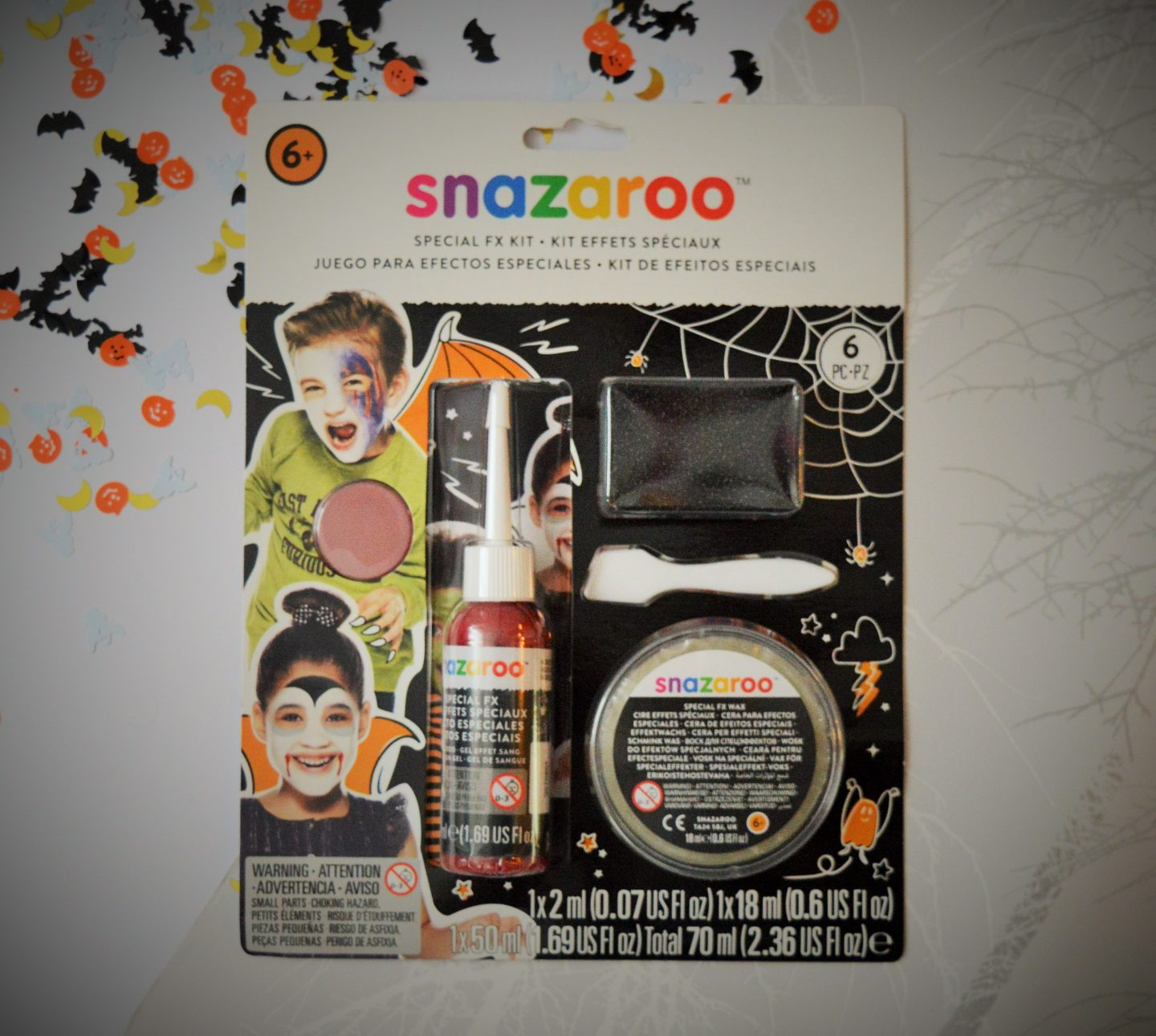 must have Halloween items for 2018 snazaroo make-up set