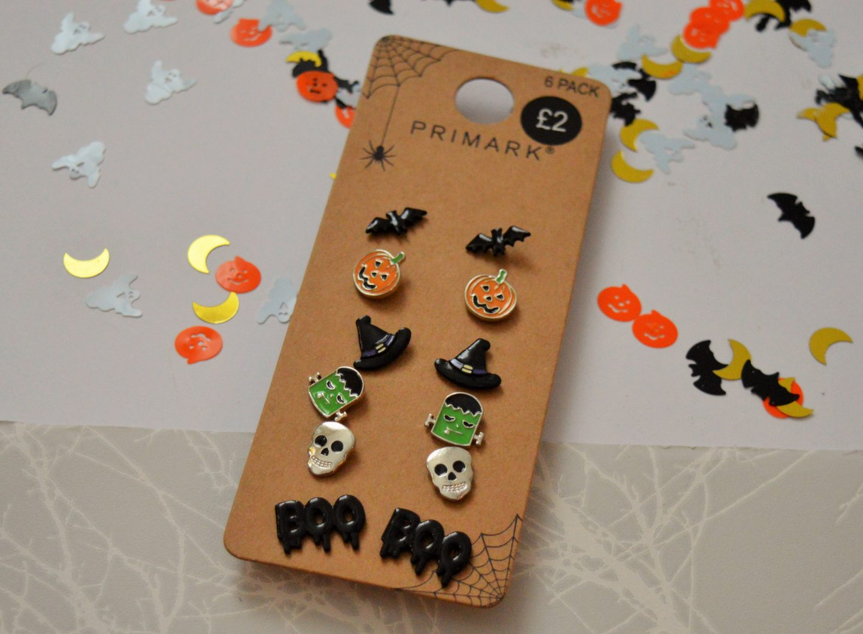 must have Halloween items for 2018 earrings from primark (bat, pumpkin, hats, frankenstein's monster, skulls and boo)